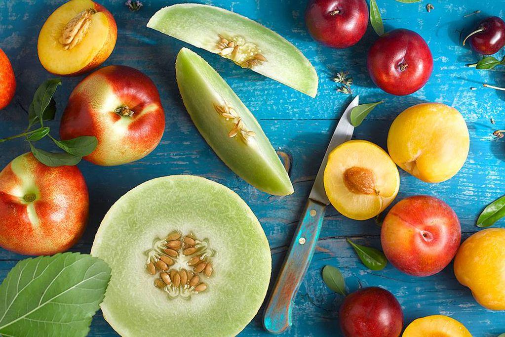 De todos los sabores, formas, colores y tamaños, las frutas de estación pueden combinarse como uno prefiera.