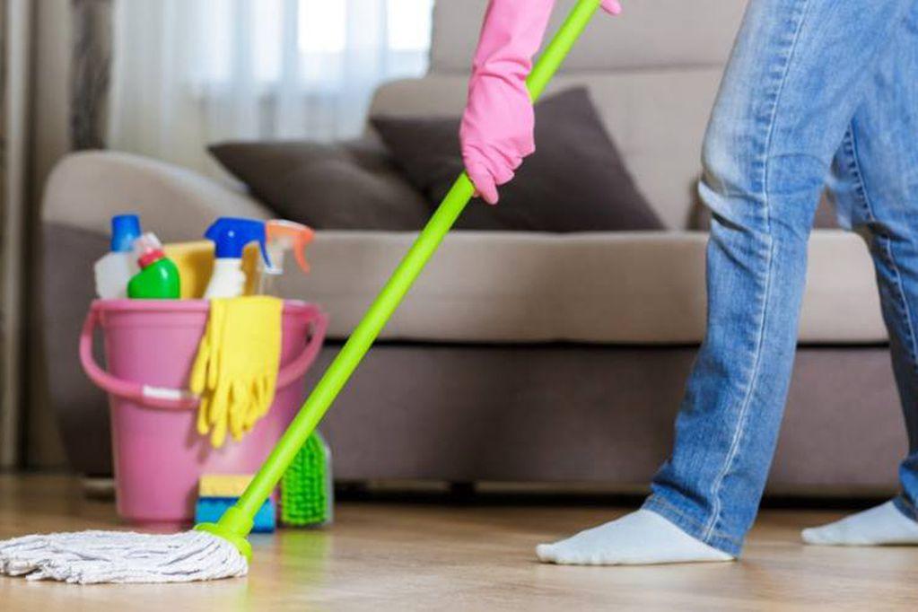 El personal doméstico de casas particulares recibirán un aumento en el próximo cobro.
