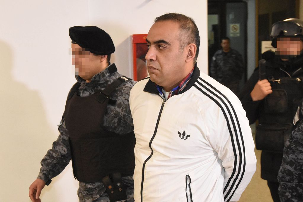"Juzgan a ""El Rengo"" Aguilera en Salta por una ""entrega controlada"" de 5,4 kilos de cocaína"