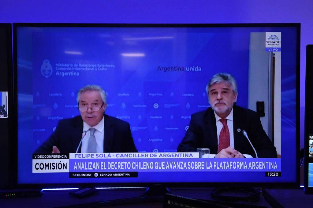 Solá y Filmus expusieron ante senadores de la Comisión de Relaciones Exteriores (Comunicación Senado)