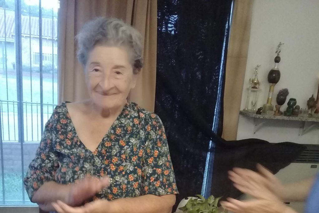 Alejandrina tiene esquizofrenia y Alzheimer