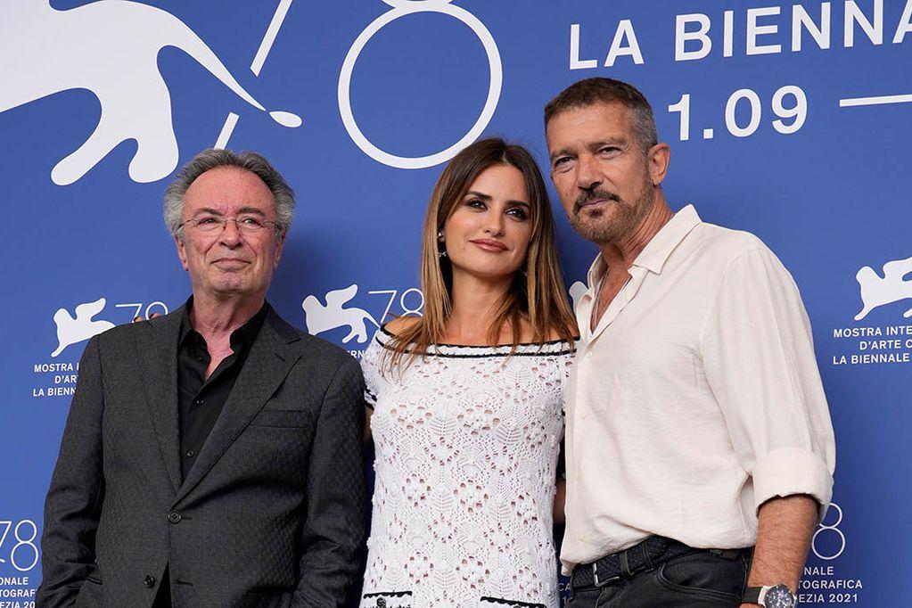 """""""Competencia oficial"""": cómo es el filme argentino que cautivó con su humor al Festival de Venecia"""