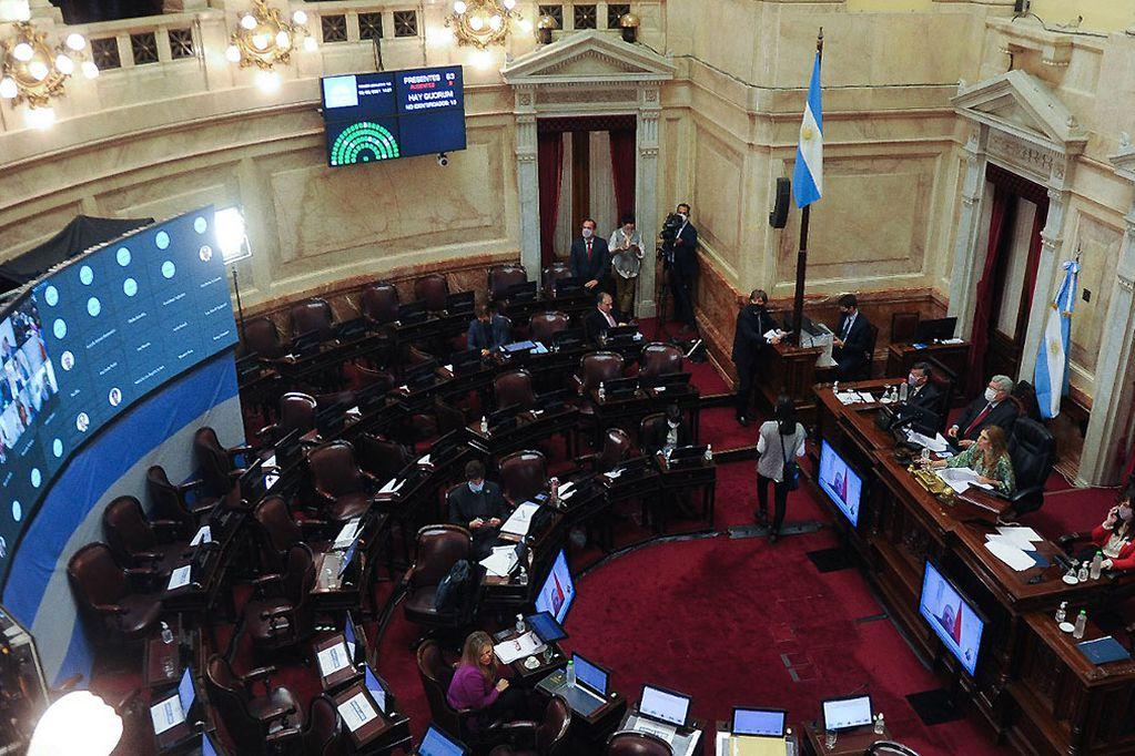 La ley de superpoderes se pelea voto a voto en Diputados