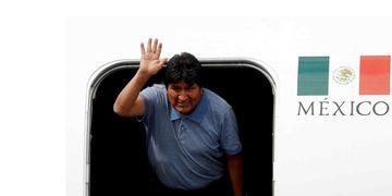 México. Evo llegó a ese país que le dio asilo político (AP).