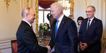 """Biden sobre Putin: """"A ninguno de los dos le interesa una nueva Guerra Fría"""""""