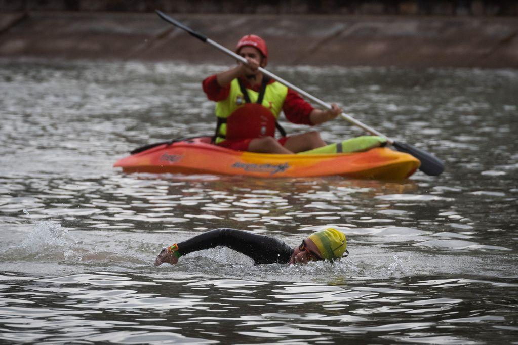 El Campeonato Argentino de Aguas Abiertas disputó su primera fecha en el Lago del Parque General San Martín.