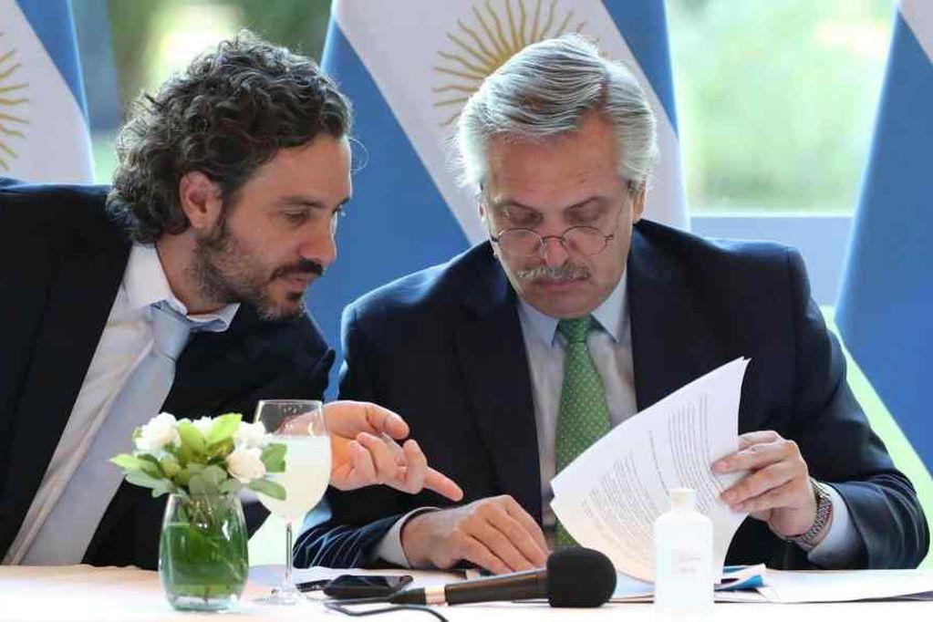 """Cafiero defendió las visitas VIP en Olivos durante la cuarentena y dijo que eran """"personal de trabajo"""""""