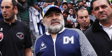 """Causa Maradona: las abogados de Cosachov y """"Charly"""" Díaz presentaron sus disidencias a la Junta Médica"""