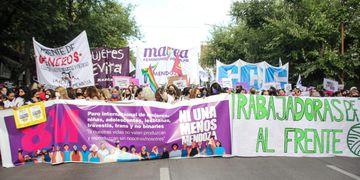 Marcha mujeres Mendoza