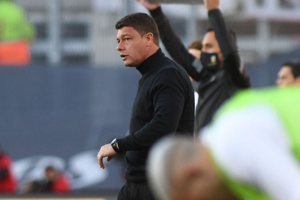 Sebastián Battaglia, durante el supeclásico jugado este domingo que terminó ganando River 2-1. (Foto: Gentileza Clarín)