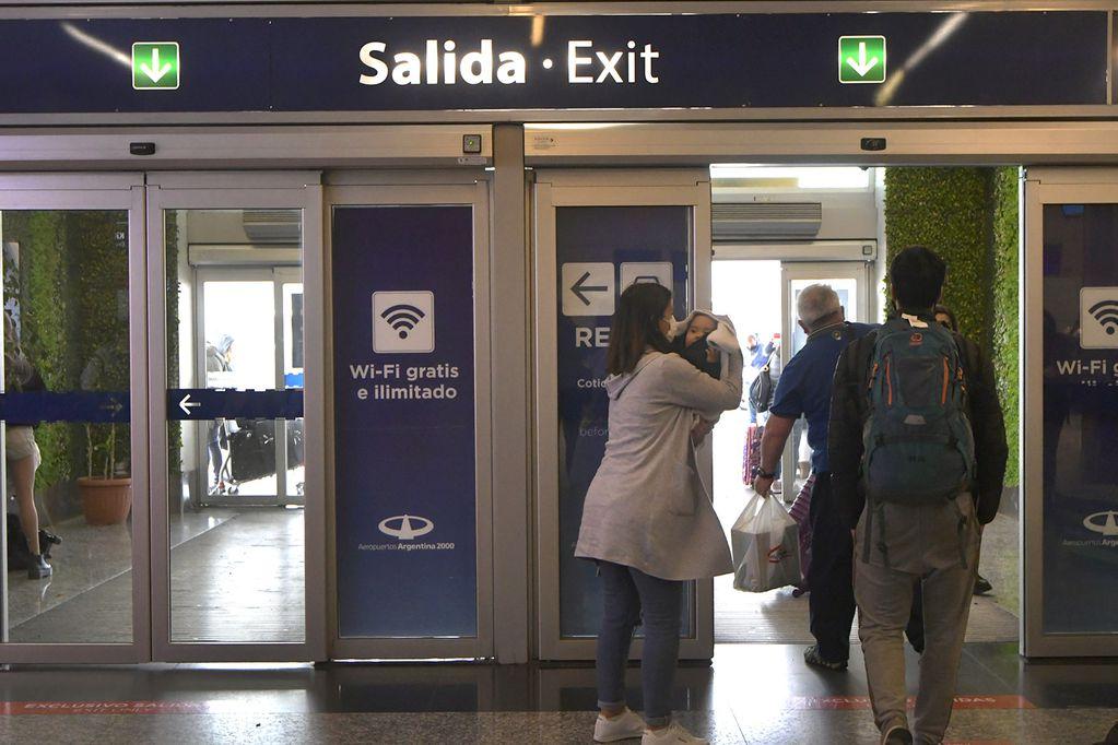 """Mendoza ya es """"corredor seguro"""" en el paso a Chile y el aeropuerto: cuánto costará el testeo  y cómo será el protocolo"""