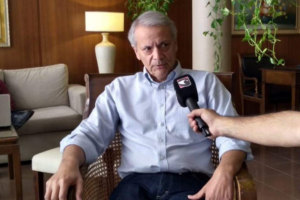 Javier Castrilli entrevistado por Darío Guimaraez de Misiones Online en Posadas. (Misiones Online)
