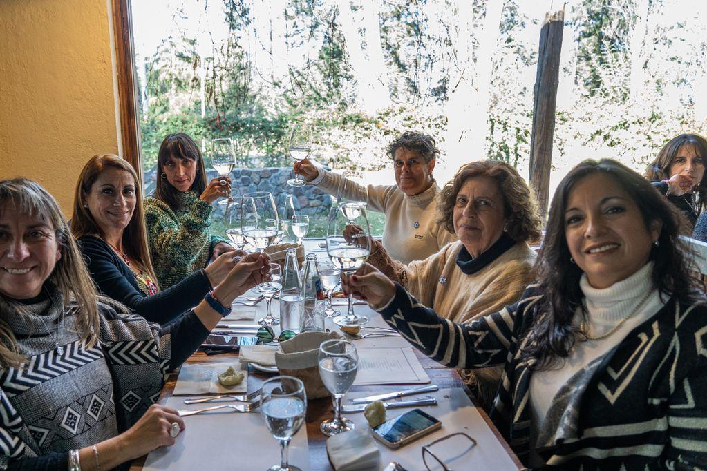 Las socias de AMUVA disfrutaron de un día diferente en Bodega Atamisque