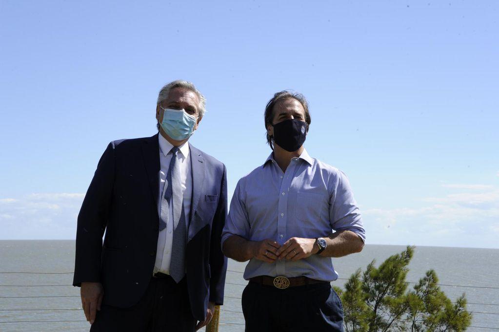El Presidente se reunió con Luis Lacalle Pou en Uruguay
