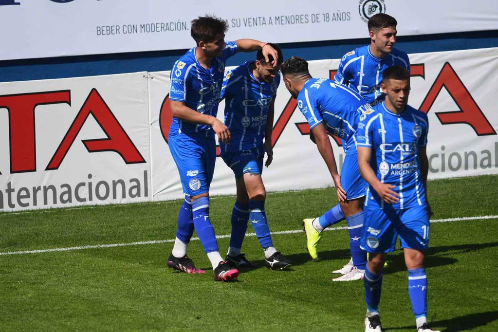 Atención Tomba: en la provincia de Córdoba, Godoy Cruz jugará con Racing por la Copa Argentina