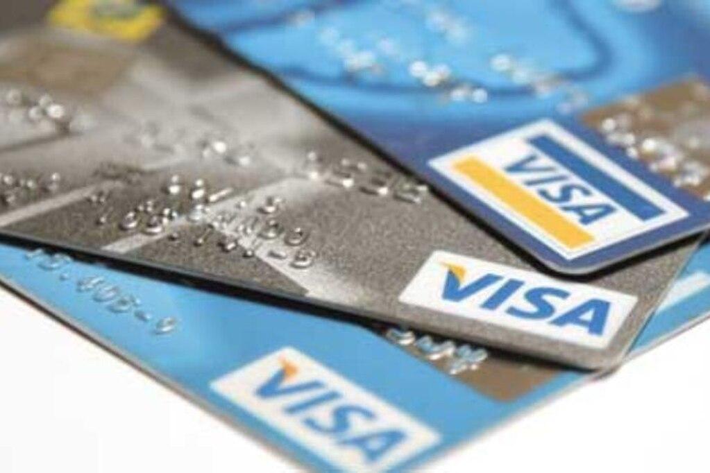Alertan sobre el peligro de tener más de tres tarjetas de crédito