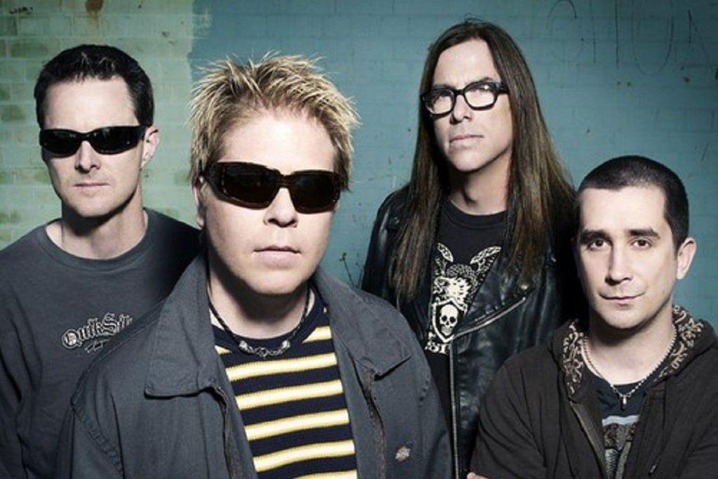 Echaron al baterista de The Offspring porque no quiso vacunarse y el músico publicó su descargo