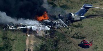 Un avión se estrelló e incendió con 21 personas a bordo: no hubo víctimas fatales