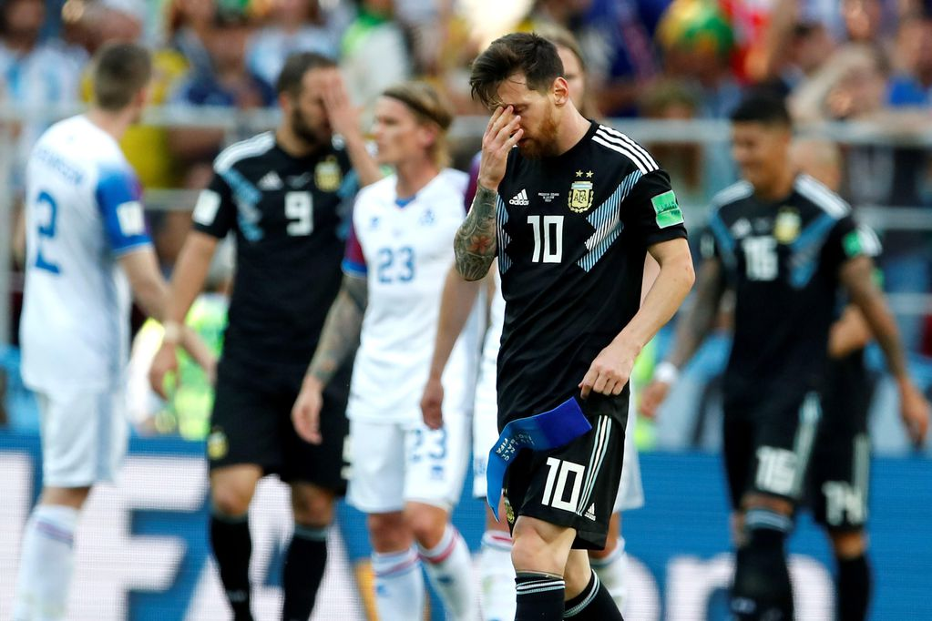 Argentina no pudo con Islandia: Messi desperdició un penal y el equipo dejó dudas