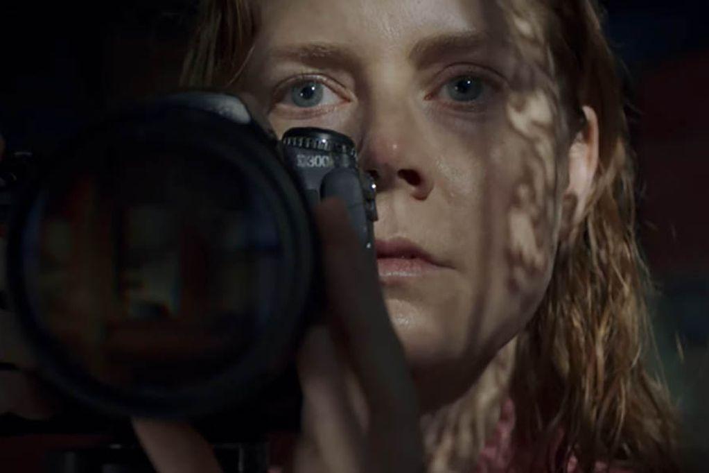 """""""La mujer en la ventana"""", interpretada por Amy Adams es la película más vista de Netflix."""