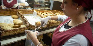 El próximo. Los panaderos analizan otro aumento de sus productos Ignacio Blanco / Los Andes