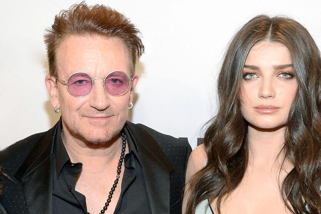 Bono, cantante de U2, junto a su hija Eve Hewson. Foto: Gentileza