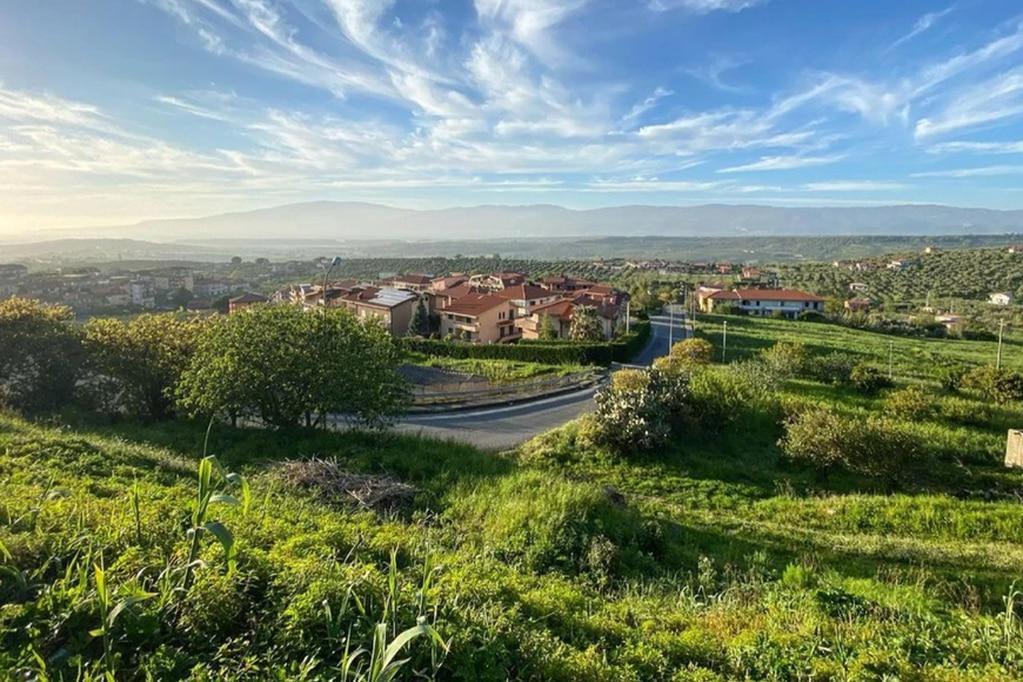 En Italia se lanzó un proyecto que tiene como objetivo repoblar el municipio de Maida, Calabria.