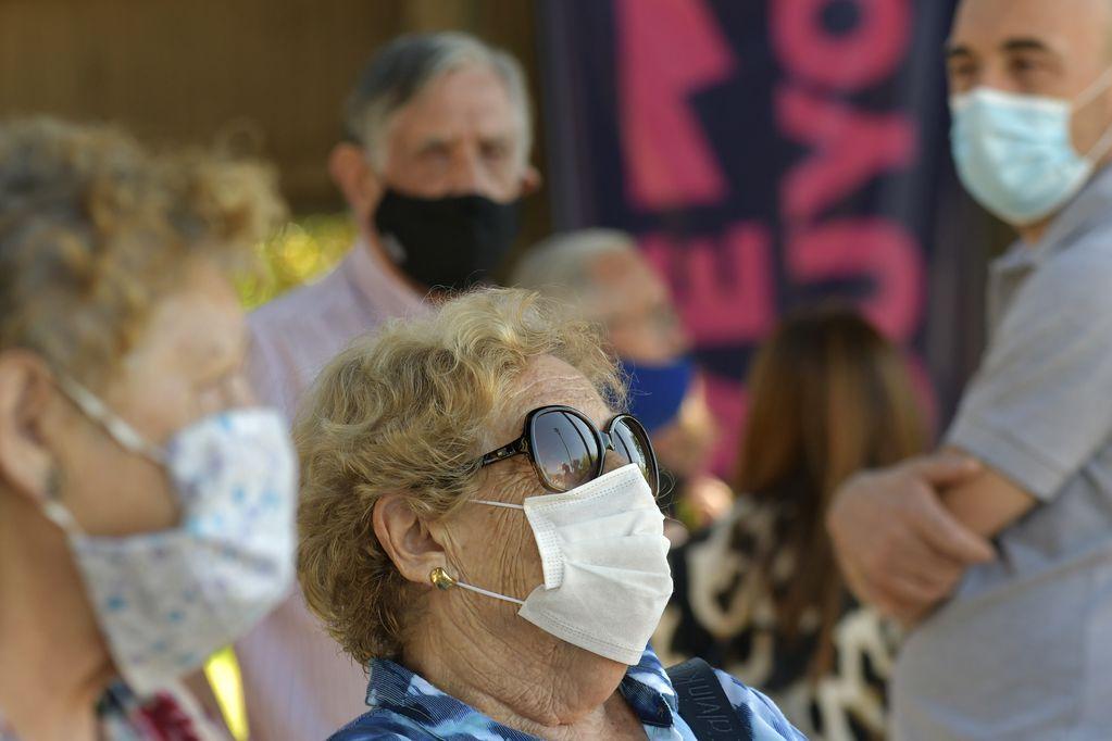 Los jubilados son víctimas del sistema que no puede sostenerse con los aportantes activos. Foto: Orlando Pelichotti / Los Andes
