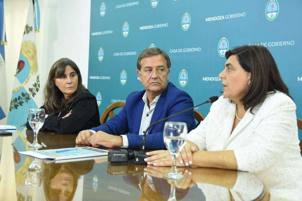La ministra de Cultura de Mendoza Mariana Juri tiene Covid-19