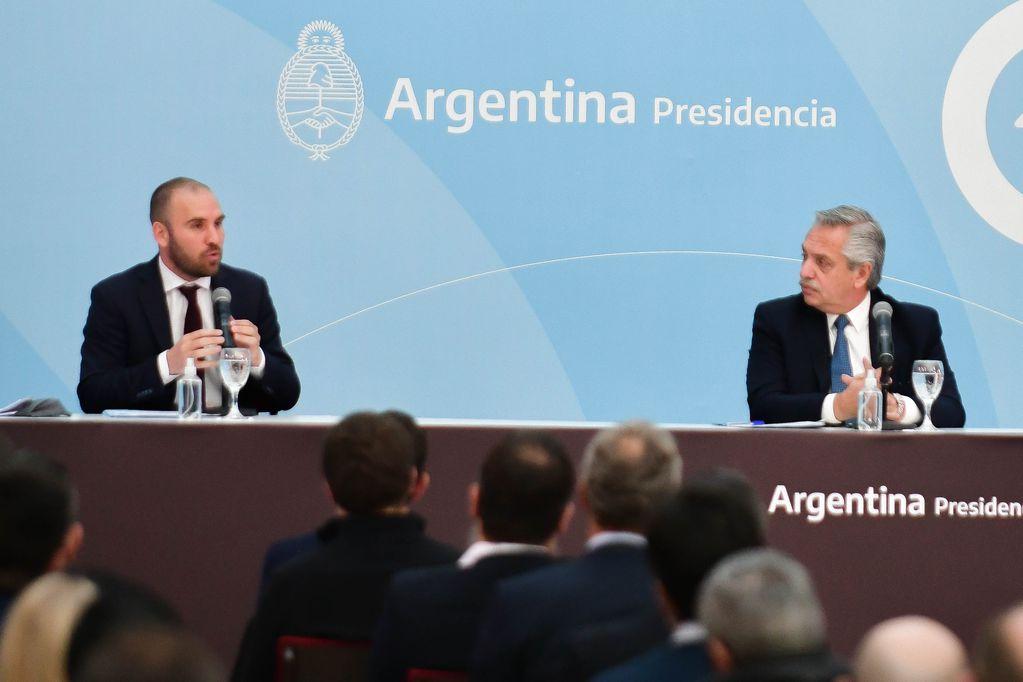 El ministro de Economía Martín Guzman junto al presidente Alberto Fernández.