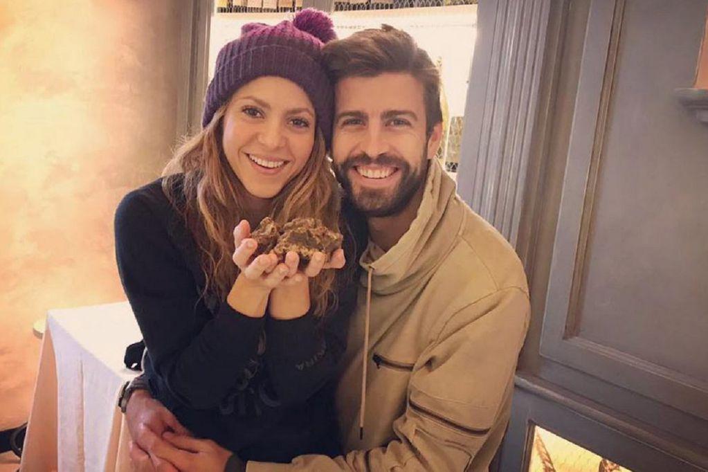 Shakira y su pareja Gerard Piqué (Archivo)