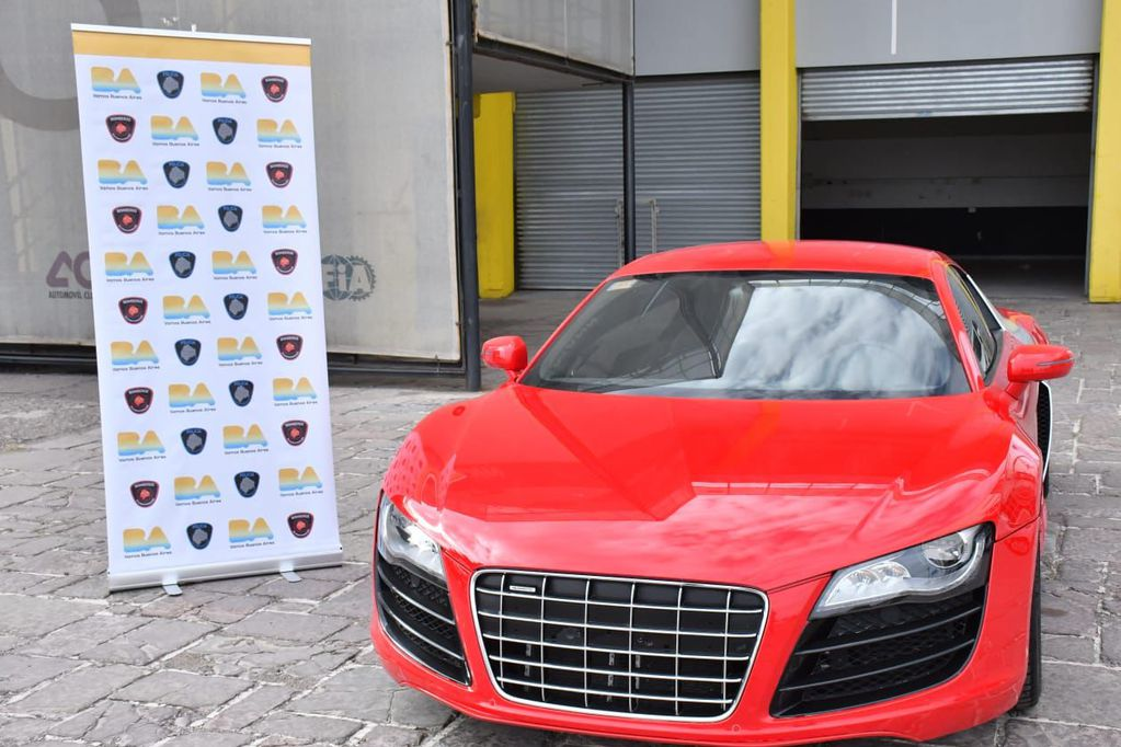 El Audi R8 que fue incautado por la Policía será rematado y lo recaudado se donará. Gentileza.