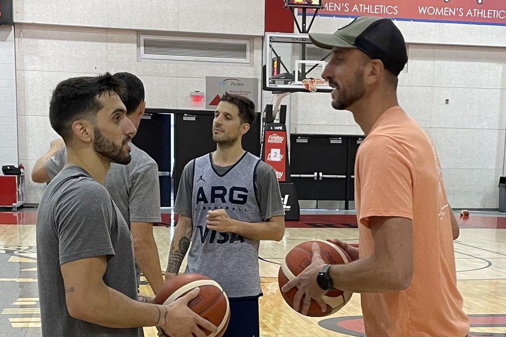 Video: ¿cómo fue la visita de Manu Ginóbili a la selección de básquet que irá a los Juegos Olímpicos?