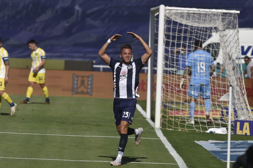Mateo Retegui marcó el 2 a 0 de Talleres ante Rosario Central, por la fecha 13 de Liga Profesional. / Gentileza.