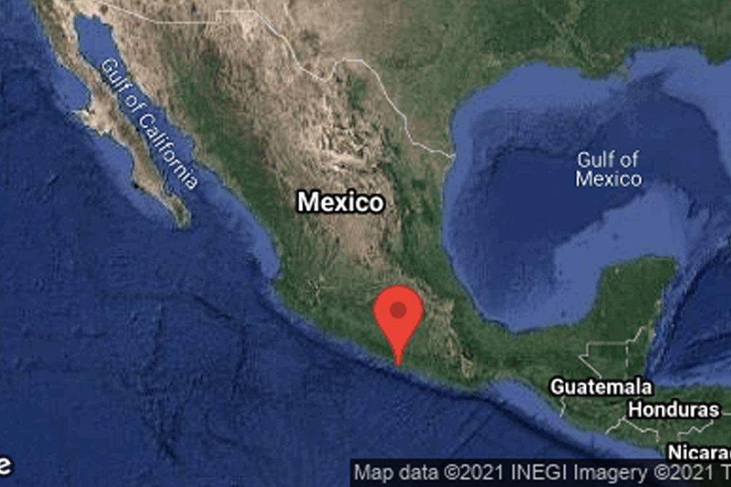 México: un fuerte sismo sacudió parte de la costa del Pacífico y Ciudad de México