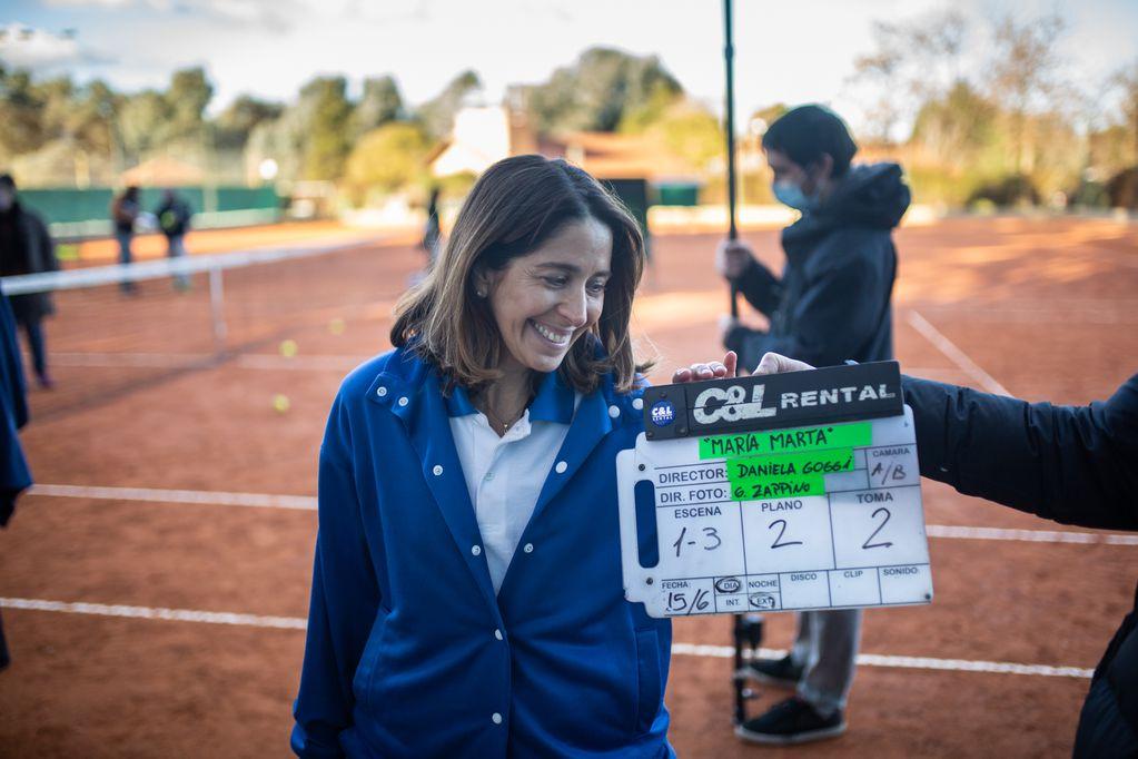 Laura Novoa interpreta, en una impresionante caracterización, a María Marta.