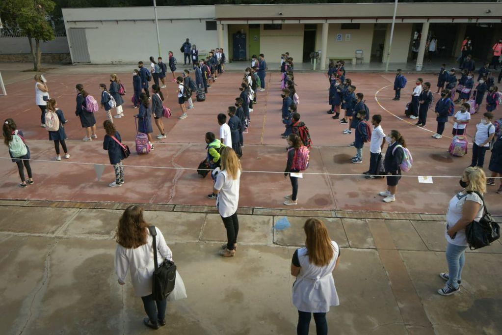 Se reanudará la presencialidad absoluta en el Nivel Inicial y el primer ciclo de primaria. Foto: Orlando Pelichotti / Los Andes