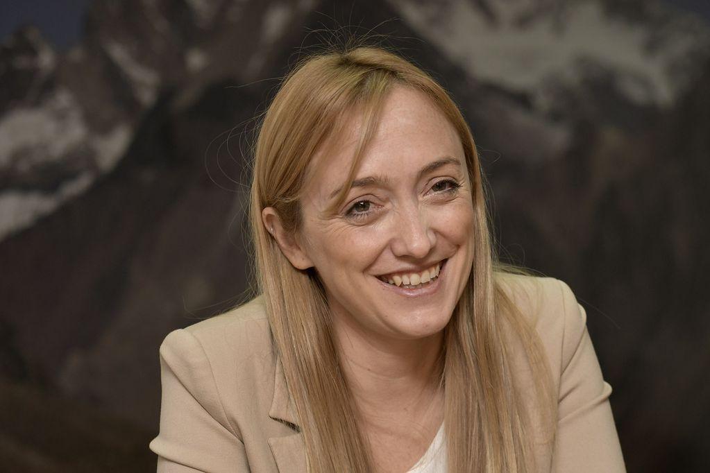 """Anabel Fernández Sagasti: """"Llegó la hora de los acuerdos sociales para el desarrollo"""""""