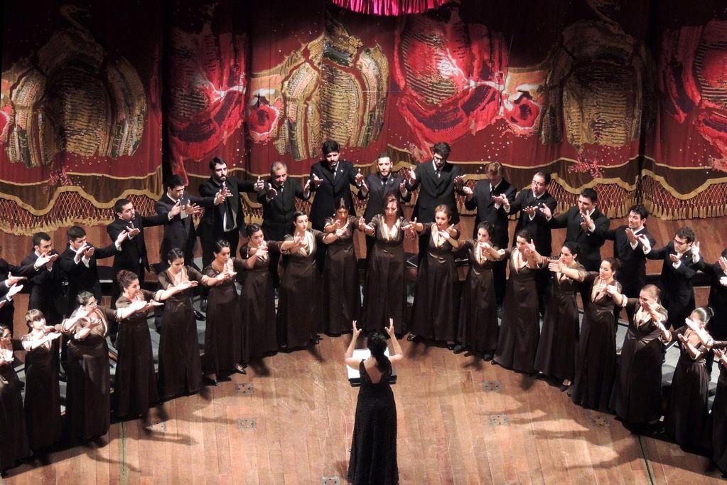 El Coro Universitario de Mendoza, junto a Cecilia Pillado, se suman a las celebraciones en streaming en homenaje a Beetovhen.