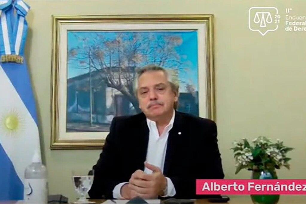 Alberto Fernández propuso discutir la duración de los jueces en sus cargos
