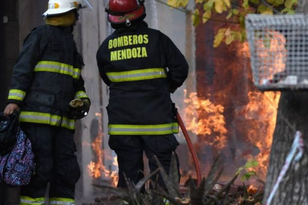 Investigan si hubo abandono de persona en el incendio de El Sauce en el que murieron dos niños
