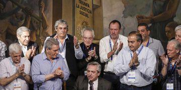 Alberto Fernández le dirá a los gremios que no habrá clausula gatillo en negociaciones paritarias Archivo