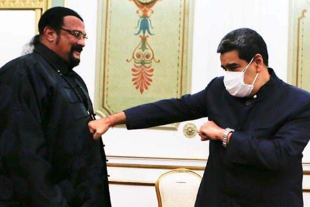 Nicolás Maduro y Steven Seagal en Venezuela