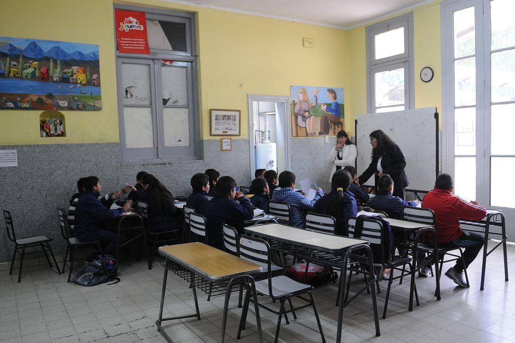 Actos religiosos en escuelas: contrapunto entre la Corte y la Legislatura por un polémico fallo