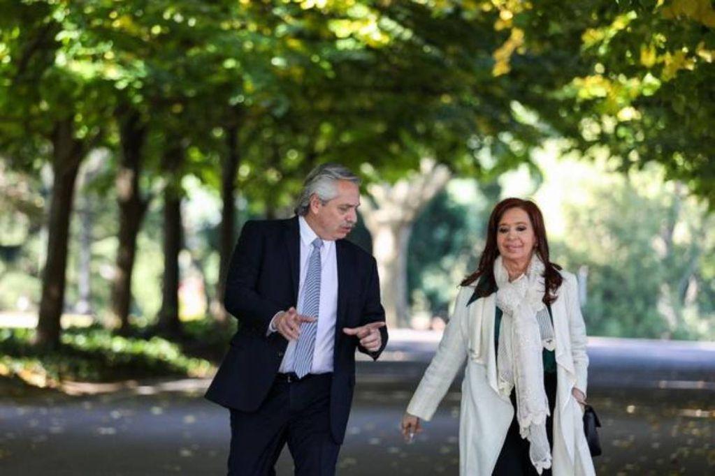 Alberto y Cristina se reunieron en Olivos para reorganizar la campaña y definir medidas