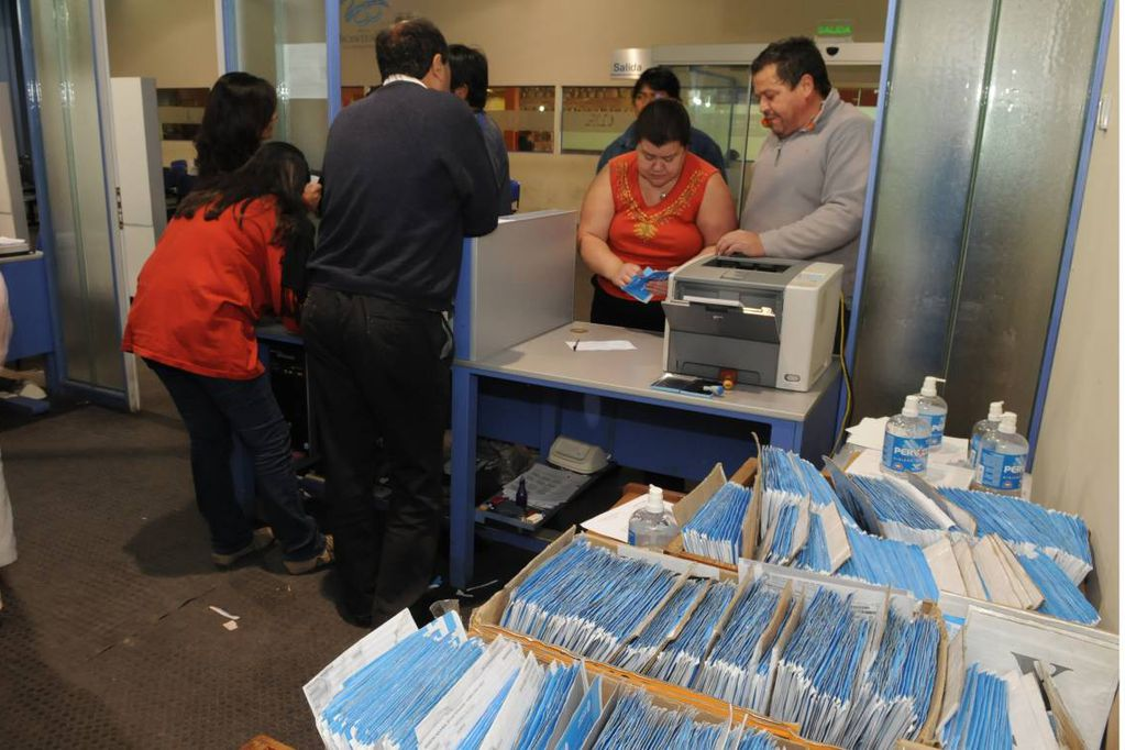 Las oficinas del Registro Civil abrirán el domingo para entregar DNI y certificados excusatorios